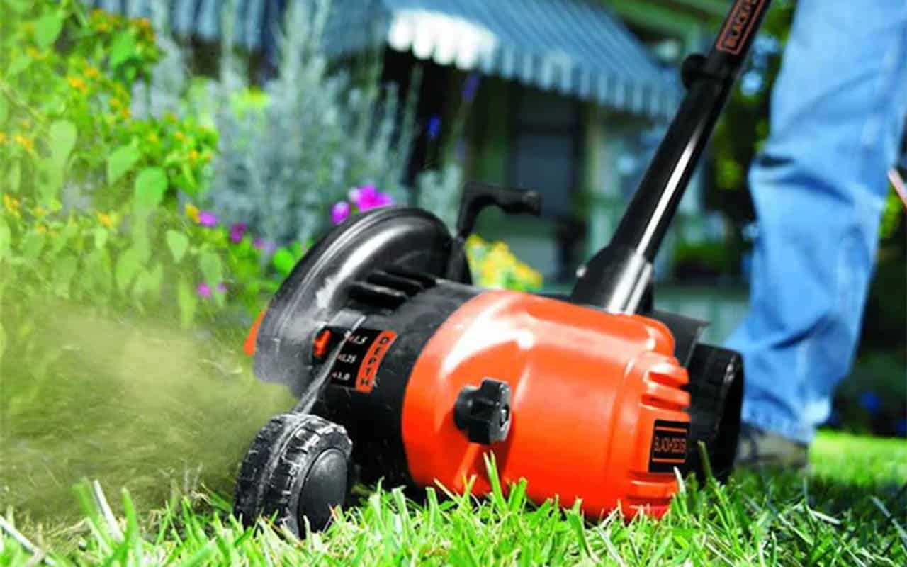 BLACK and DECKER 2-in-1 edger and trencher